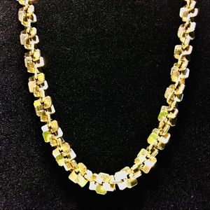 Gold Geometric twist design fashion necklace